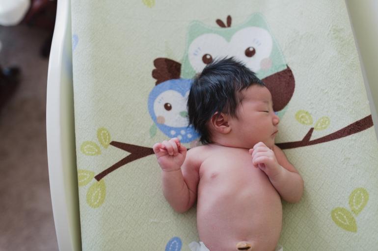 8-28-14 Mika_Newborn-48